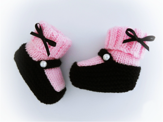 Baby Booties, Mary Jane Booties by StarBaby Knitwear, www.starbabyknitwear.com