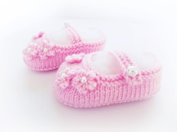 Baby Shoes, Pink Baby shoes by StarBaby Designer Knitwear, www.starbabyknitwear.com