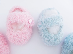 Baby Slippers, Baby Booties, Snugglies by StarBaby Designer Knitwear, www.starbabyknitwear.com