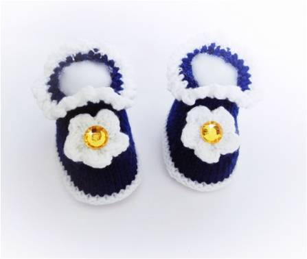 Daisy Booties,  hand knitted booties by StarBaby Designer Knitwear, www.starbabyknitwear.com